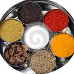 Le curry est un assemblage d'un grand nombre épices