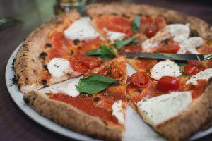 Un Beaujolais pour une pizza Margherita