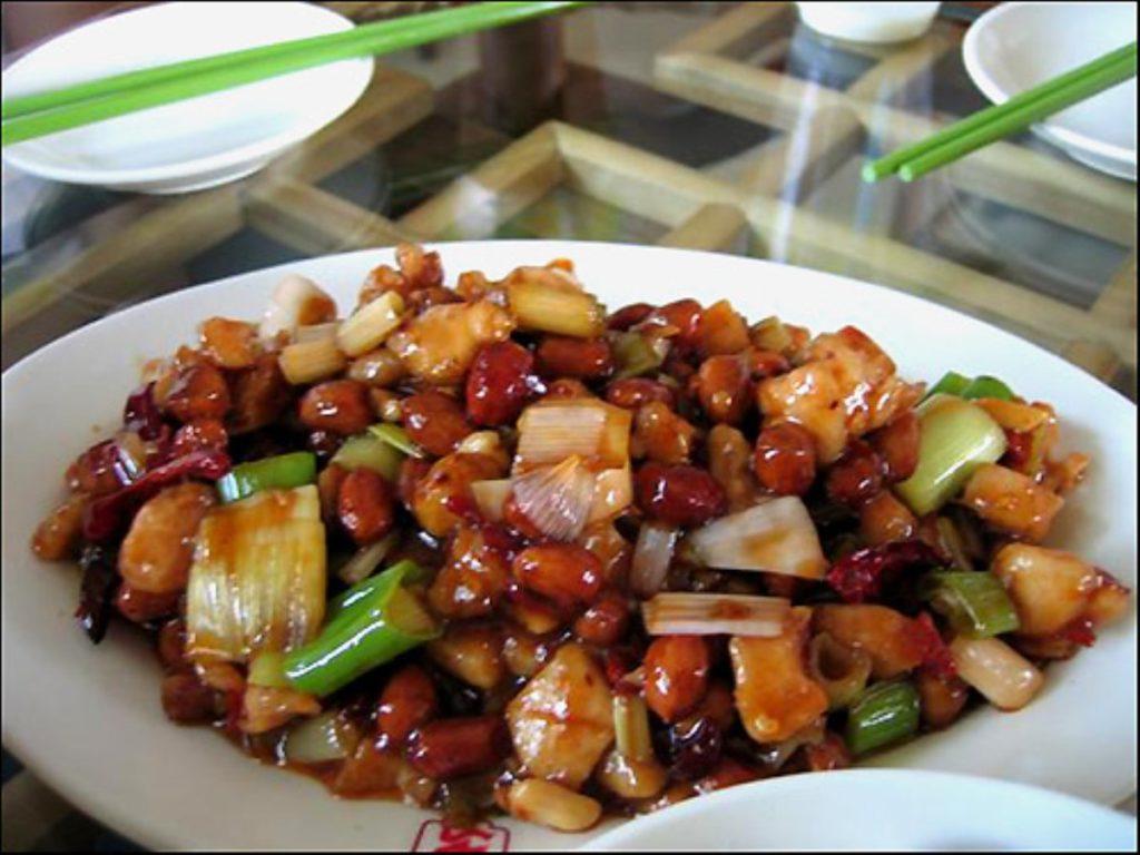 Le vin Noble Dragon de Changyu accompagnera élégamment le gong bao ji ding
